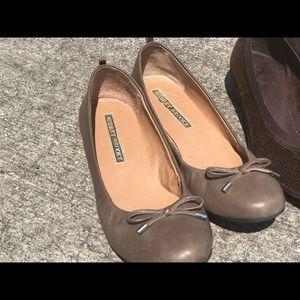 Audrey Brooke Shoes - Audrey Brooke Flats sz 8 Soft Style Wedged Flats
